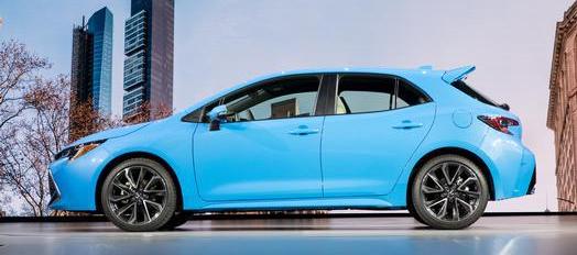 Corolla Hatch 2